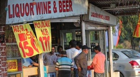 Supreme Court Bans Liquor Shops On National & State Highways