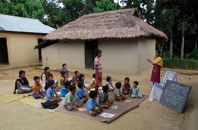 The amazing 50,000 school strong donor funded Ekal Vidyalayas Nationwide. Have you heard of it?