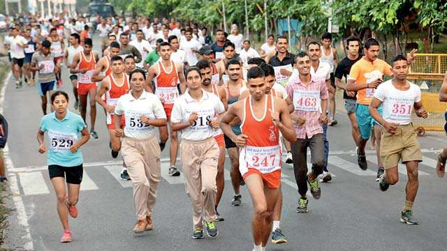 Nicely Done - Jodhpur Hosts A 21KM Marathon To Salute The BSF...
