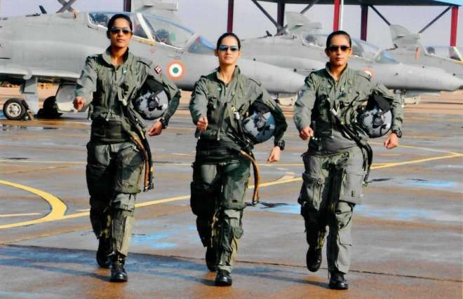 India's First Women Fighter Pilots Flew Fighter Jets Solo...
