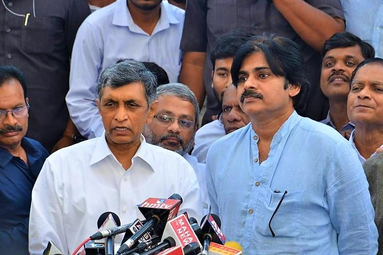 Janasena Party Chief Palwan Kalyan Released Old Manifesto Of Farmers In Andhra Pradesh
