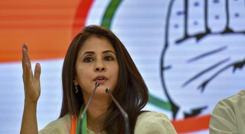 Urmila mantondkar joins congress says see me as leader, ourvoice, werIndia