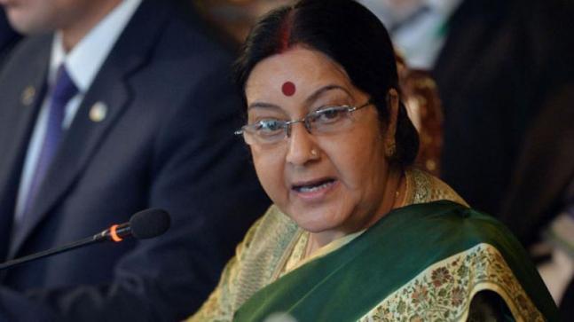 Advani our father figure, maintain decorum in speech says Sushma Swaraj to Rahul Gandhi