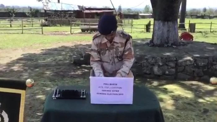 ITBP SOLDIERS CAST 1ST VOTES OF 2019 LOKSABHA ELECTIONS IN REMOTE ARUNACHAL PRADESH