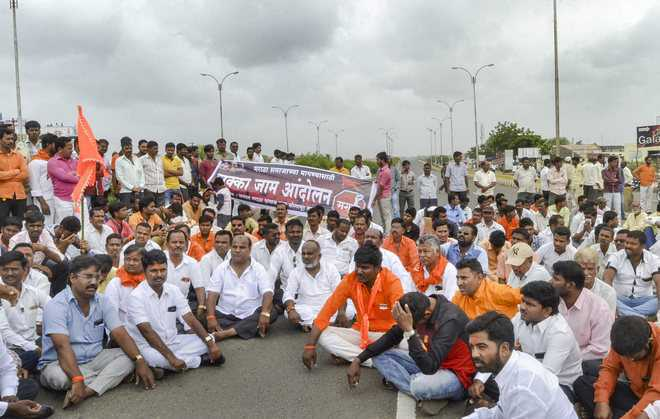 Maharashtra BJP Fails To Remove Criminal Cases On Protesters Enacting On Reservation