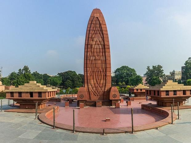 On Jallianwala Bagh Massacre's Centenary, British Envoy expresses 'deep regret'