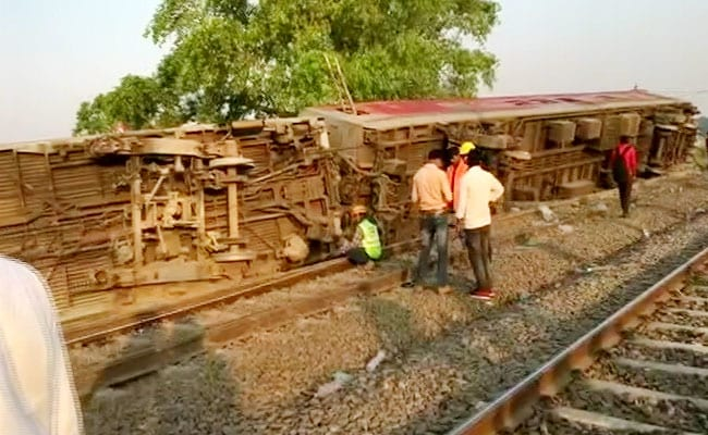 Purva express accident in Kanpur, ourvoice, werIndia