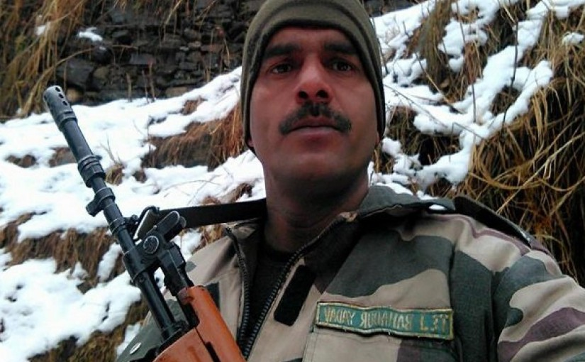 Sacked BSF jawan, who complained about bad food, to contest against Modi from Varanasi