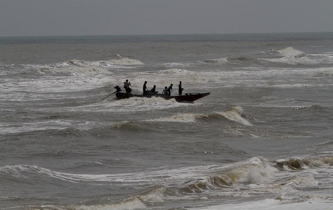 Three Hours Of Fani Cyclone Crossed Orissa Heading Towards West Bengal