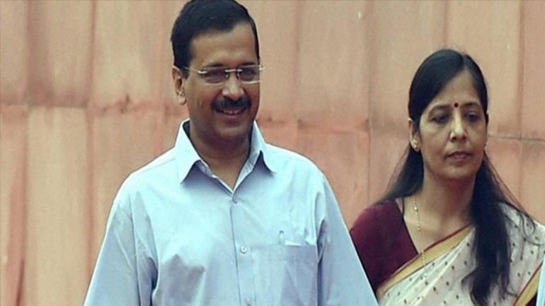 Sunita kejriwal two voter id card case, ourvoice, werIndia