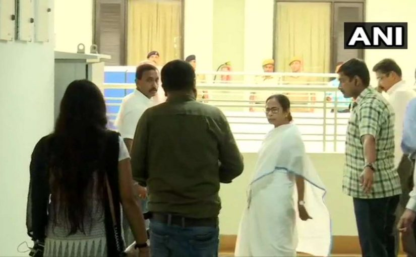 Mamata Banerjee meets doctors and assures them of their safety