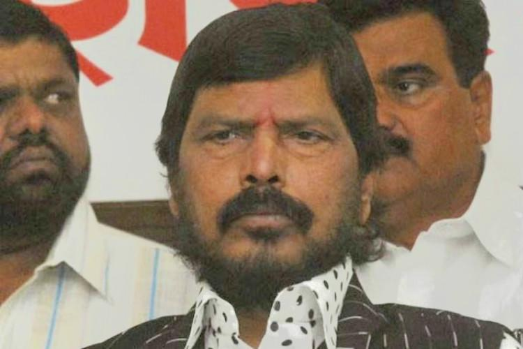 Ramdas Athawale appeals to TRS and YSRCP to join the NDA