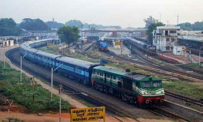 Circular directing staff to speak only in Hindi or English scrapped by Southern Railways