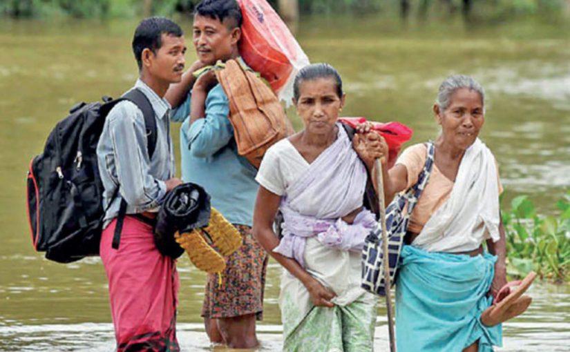 NRC और बाढ़ के साथ असम में दोहरा संकट