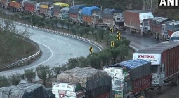 Civilian Vehicles Ban In Jammu And Kashmir Due to Amarnath Yatra