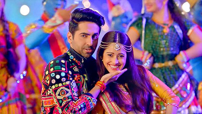 Comic Blended Love Story Movie Dream Girl Bollywood Movie