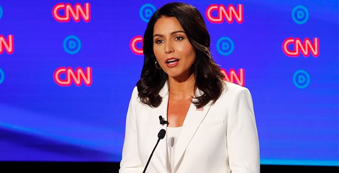 INDIA LOVER, HINDU US CONGRESSWOMAN TULSI GABBARD IS CRITICIZED FOR HER WHITE DRESS & FITNESS